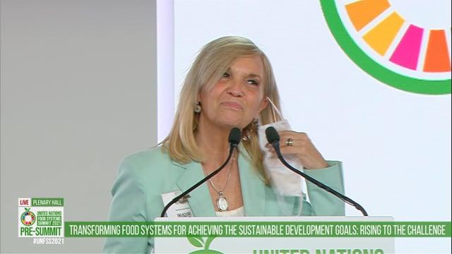 Beatriz Argimon, Plenary Hall